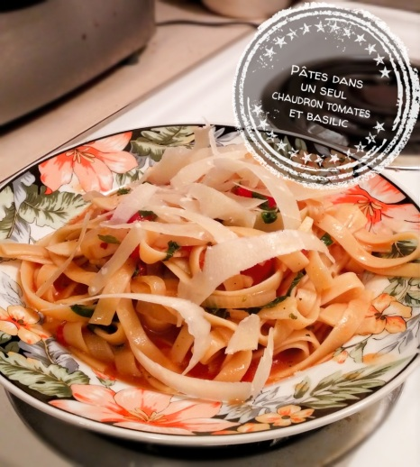 Pâtes dans un seul chaudron tomates et basilic - Auboutdelalangue.com