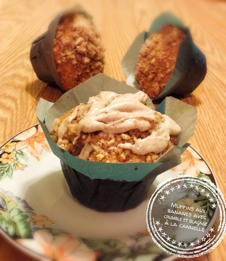 Muffins aux bananes avec crumble et glaçage à la cannelle - Auboutdelalangue.com