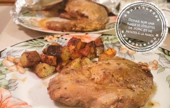 Repas sur une plaque de côtelettes de porc et patates à la ranch - Auboutdelalangue.com